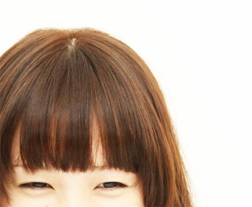 前髪をセルフカットしたいです。うまく切る方法を教えてください。