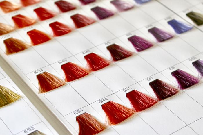 髪を染めるカラー剤にはどんなものがありますか?