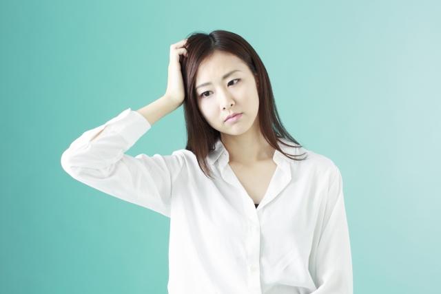 冬の乾燥のせいで肌や髪がカサカサしたり頭皮が痒い。何か対策はありますか?